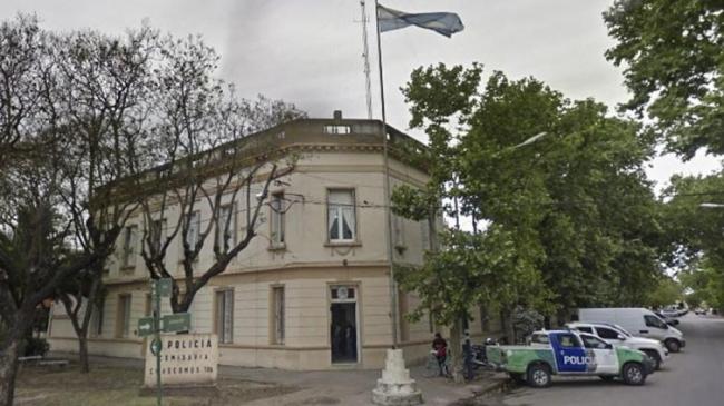 Un joven detenido en la comisaría de Chascomús murió tras un incendio en el calabozo