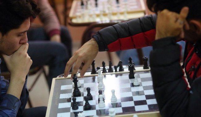 Continúan con excelentes resultados los jóvenes ajedrecistas locales