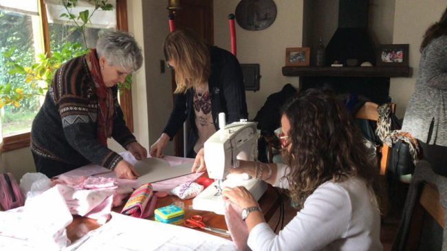 Cáncer de mama: la Fundación Cerca Tuyo entregará almohadones especiales a mujeres operadas