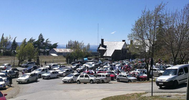 Día de la Lealtad: Con una gran caravana respaldaron al presidente Fernández en San Carlos de Bariloche