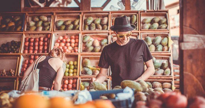 Hubo alzas de precios de las frutas entre 77% y 187% en el último año