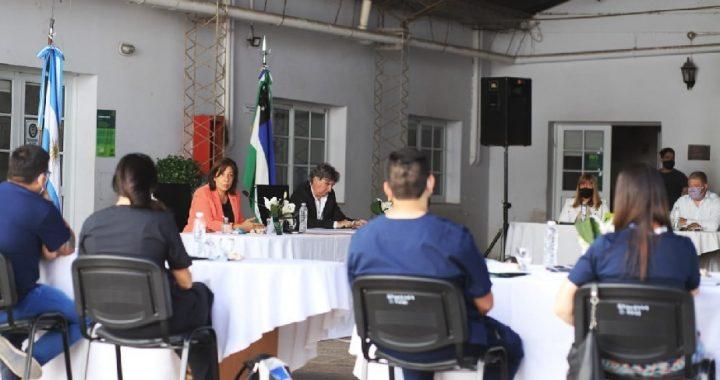 Tras el diálogo con trabajadores hospitalarios, el Gobierno confirma el reconocimiento económico