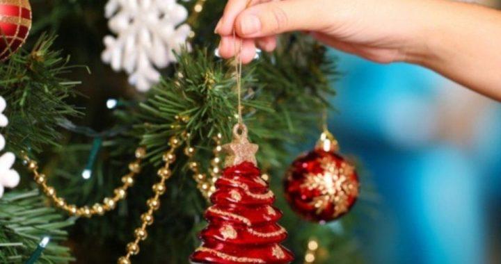 Armar el árbol de Navidad costará un 40% más caro respecto del año pasado