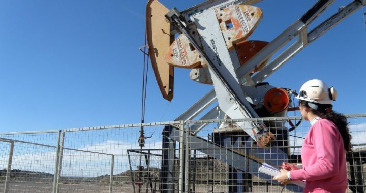 El Programa de Estímulo a la Producción Hidrocarburífera fue presentado al Sindicato del Petróleo