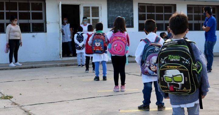 Bariloche y Dina Huapi: la próxima semana se evaluará el posible regreso de las clases presenciales