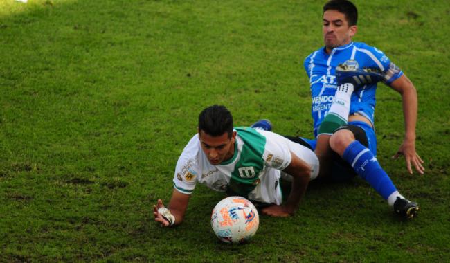 Banfield superó a Godoy Cruz en Mendoza y sueña con los cuartos de final
