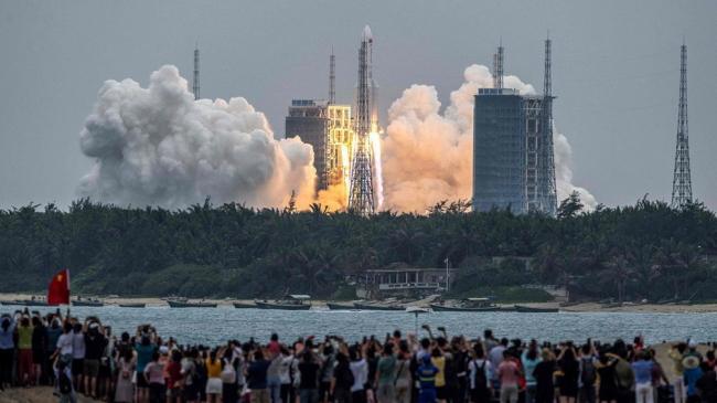 El cohete chino fuera de control no caería en Argentina