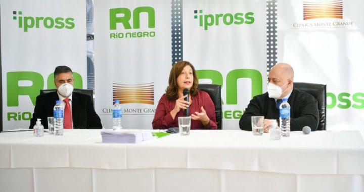 Afiliados al IPROSS suman atención de calidad en la Clínica Monte Grande