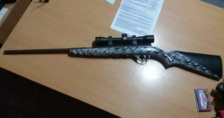 SAO: Efectivos policiales encontraron un arma de fuego sin documentación en un procedimiento de rutina