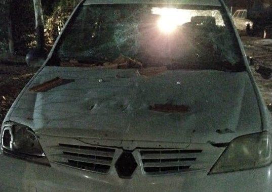 Madryn: fue a la casa de su ex, destrozó su auto y le dio una paliza al amigo