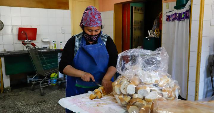 Comenzó el servicio de comedor en las escuelas de El Bolsón, Ñorquinco y El Manso