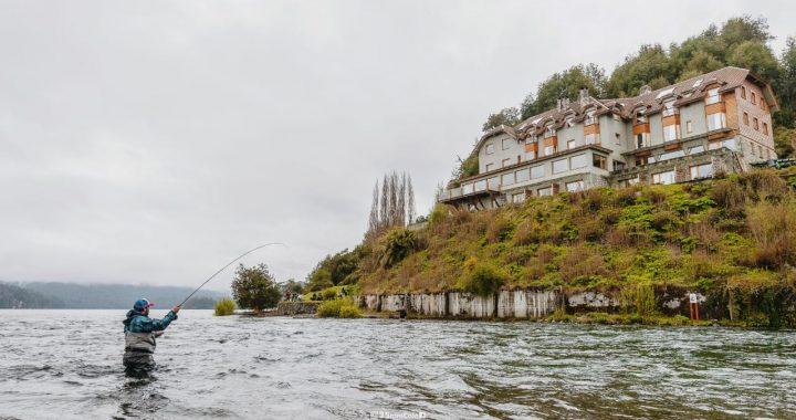 Harán un estudio de las truchas en el río Correntoso