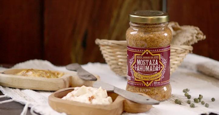 Anmat prohibió la comercialización de mostaza  y especias ahumadas de una marca local
