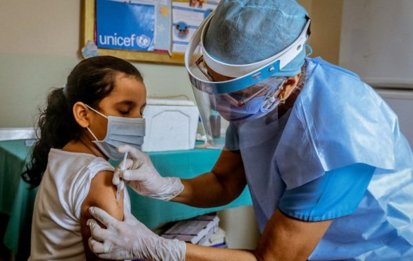 Hospital Garrahan: vacunar a niños «podría evitar 15.000 muertes» por Covid