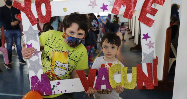 Bariloche: con una estrategia especial comenzó la vacunación contra el COVID-19 a chicos de entre 3 y 11 años